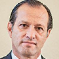 Dr. Fernando Cabrera Bueno