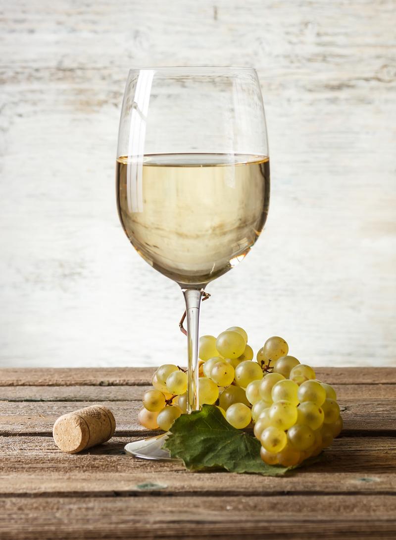Beneficios del vino para la salud en la dieta mediterránea